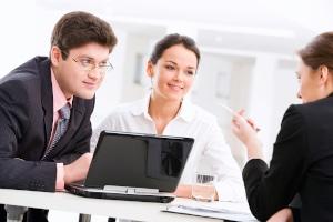 Die Aufgaben einer Schuldnerberatung beinhalten auch auf den Gläubigerkontakt.