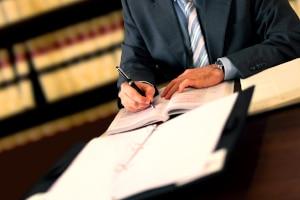 Gläubiger müssen ihre Forderung anmelden bei Insolvenz ihres Schuldners. Sonst werden sie im Verfahren nicht berücksichtigt.