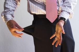 Insolvenz anmelden darf nur, wer zahlungsunfähig oder überschuldet ist.