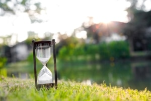 Das Insolvenzeröffnungsverfahren hat eine Dauer von zwei bis drei Monaten.