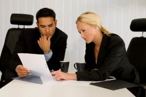 Lassen Sie sich unbedingt anwaltlich beraten, ehe Sie eine Kreditbürgschaft übernehmen.
