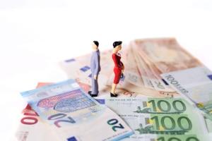 Wer muss für die Kreditschulden bei einer Scheidung aufkommen?