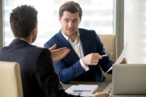 Bei der Lohnpfändung erhält der Arbeitgeber den Pfändungsbeschluss.
