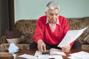 Rentner nehmen immer häufiger Schuldnerberatungen in Anspruch