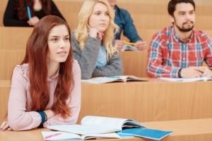 Schulden können Studenten zum Beispiel durch die BAföG-Förderung machen.