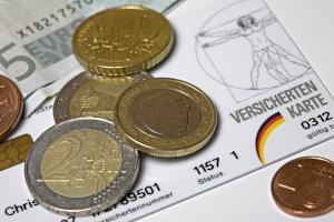 Im Studium liegen die Kosten für die Krankenversicherung bei bis zu 100 Euro.