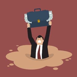 Im Falle einer Überschuldung muss die GmbH zwingend ihre Insolvenz beantragen.